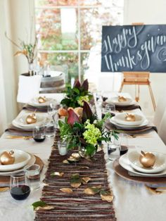 thanksgiving table setting, rustic, natural elements, twig runner, gold, chalkboard