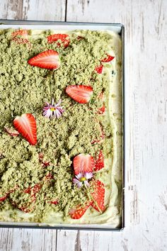 butter sponge cake with strawberries, mascarpone and matcha crumble