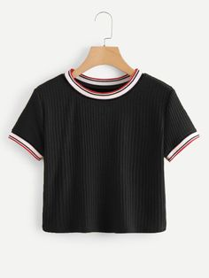 Teen Fashion : Sensible Advice To Becoming More Fashionable Right Now – Designer Fashion Tips Lazy Outfits, Crop Top Outfits, Teenager Outfits, Cute Casual Outfits, Outfits For Teens, Summer Outfits, Girls Fashion Clothes, Teen Fashion Outfits, Girl Fashion