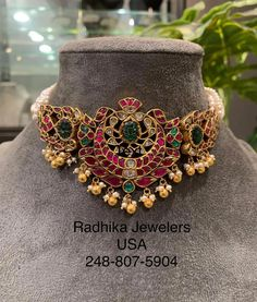 kundan Baju bandh choker studded with rubies Uncuts and pearls. For full product details pls whats app at . 21 July 2019 kundan Baju bandh choker studded with rubies Uncuts and pearls. For full product details pls whats app at . Indian Wedding Jewelry, Indian Jewelry, Bridal Jewelry, Gold Jewellery Design, Gold Jewelry, Antique Jewelry, Diy Jewelry, Gold Necklace, 21 July