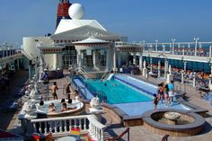 Never forget the relaxing SuperStar Virgo Cruise @ SINGAPORE in these holiday season. CLICK