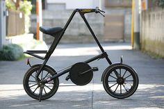 STRIDA MK1 1987年イギリスのマークサンダースによって考案された傑作折り畳み自転車