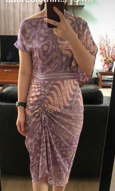 Model Dress Kebaya, Model Dress Batik, Batik Dress, Unique Prom Dresses, Simple Dresses, Elegant Dresses, Dress Brukat, Batik Fashion, Gala Dresses