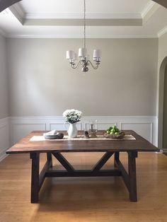 DIY Farmhouse Table!
