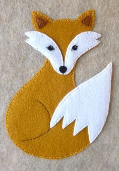 wool applique pattern for a fox Motifs Applique Laine, Wool Applique Patterns, Felt Applique, Felt Animal Patterns, Felt Crafts Patterns, Stuffed Animal Patterns, Felt Fox, Wool Felt, Motifs D'appliques