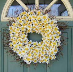 ۞ Welcoming Wreaths ۞ DIY home decor wreath ideas -  daffodil wreath
