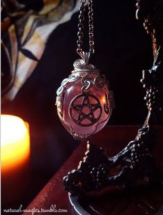Jewelry Pagan Wicca Witch: Amethyst by NaturalMagics. Pentacle, Triquetra, Yennefer Of Vengerberg, Wiccan Jewelry, Medieval Jewelry, Witch Craft, Witch Aesthetic, Karen, Book Of Shadows