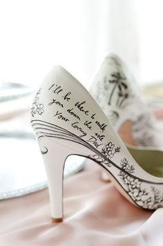 These custom-painted wedding shoes. | 25 Wedding Ideas To Fall In Love With In September