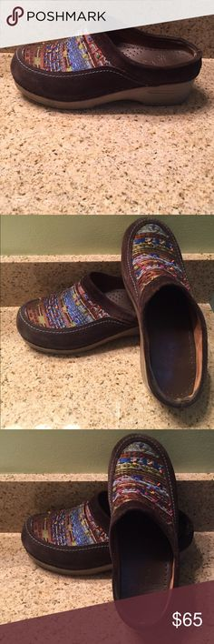 DANSKO MULTI COLORED/ BROWN CLOGS SIZE 38 One of a kind clogs by DANSKO, size 38. In excellent condition. Colorful yet versatile & most importantly COMFORTABLE. Dansko Shoes Mules & Clogs