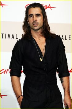 Colin Farrell with long hair!
