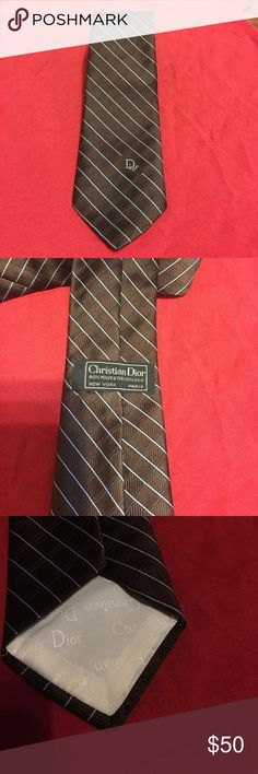 Vintage Christian Dior Necktie from Burdines 👔 MEN's Beautiful PERFECT Christian Dior Tie 👔 excellent condition, looks like it's never been worn! Christian Dior Accessories Ties