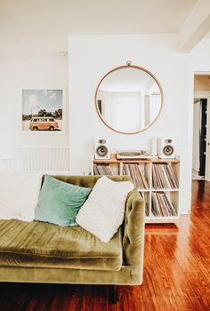 Home Interior Hamptons An East Nashville Airbnb Favorite Local Spots. Decoration Chic, Decoration Inspiration, Room Inspiration, Decor Ideas, Decoration Crafts, Boho Decor, Home Interior, Interior Design, Interior Plants