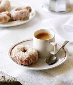 thatcoffeehouse:  eternale: Sweet Orange and Olive Doughnuts   Via Gourmet Traveller