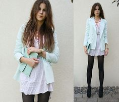 Love the pastels with dark tights
