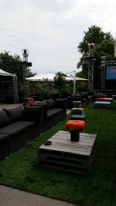 sofa expo vip charisma corner 53 best activation booths images exhibition display image result for osheaga