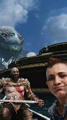 Kratos, his boyy & serpent selfie – God of War Video Game Memes, Video Games Funny, Video Game Art, Funny Games, Kratos God Of War, V Games, Strange Photos, Gaming Wallpapers, Gaming Memes