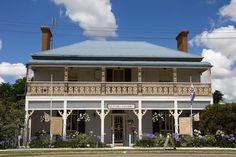 Glenara Gallery is located in a beautifully restored house and garden, in the Southern NSW's town of #Boorowa > http://www.visitnsw.com/destinations/country-nsw/young-area/boorowa/attractions/glenara-gallery