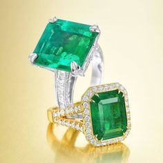 Courtesy of @fortunaauction A stunning pair of #emerald rings The top one features a formidable Colombian emerald of 13.24-carats, set in platinum--it hammered for $20,000 at auction!  by @facetphotony #fortunaauction #antique #jewelry #finejewelry #jewelryfashion #jewelryofig #jewelryoftheday #nyc #fifthavenue #newyorkcity #fashion #luxury #luxuryfashion #art #friday #green #rings #ring #huge #stunning #戒指