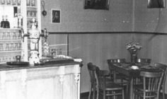 Interieur cafè De Ark aan de Stationsstraat in 1981