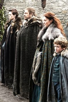 Robb, Eddard, Catelyn and Rickon Stark | Game of Thrones Season 1