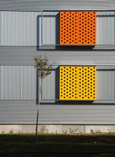 255 habitações em Villanueva de la Cañada,Cortesia de Aranguren & Gallegos Arquitectos #fachadasverdes