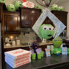 Toy Story Birthday Cake, 2nd Birthday Party Themes, Baby Boy Birthday, Third Birthday, First Birthday Parties, Disney Themed Party, Birthday Ideas, Toy Story Baby, Toy Story Theme