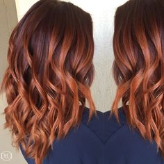 17 Greatest Red Violet Hair Color Ideas Trending in 2019 - Style My Hairs Dark Purple Hair Color, Hair Color Auburn, Auburn Hair, Color Red, Balayage Hair, Ombre Hair, Red Bayalage, Violet Hair, Caramel Hair