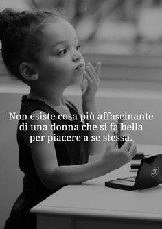 Devo pensare piu' a me. Zen Quotes, Tumblr Quotes, Inspirational Quotes, How I Feel, Feel Good, Cogito Ergo Sum, Italian Quotes, My Mood, Freedom Life