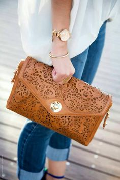 Lovely clutch