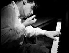 Glenn Gould plays Bach Prelude & Fugue in F minor