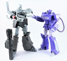 Transformers Masterpiece Megatron and Laserwave (Shockwave) Transformers Collection, Transformers Masterpiece, Transformers Action Figures, Transformers Toys, Custom Gundam, Super Robot, The Masterpiece, Thundercats, Gi Joe