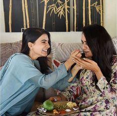 Happy Ugadi Samantha Akkineni celebrates the festival with Venkatesh Daggubati's newly married daughter Samantha Images, Samantha Ruth, Newly Married, Tv Actors, Wedding Photography Poses, Celebs, Celebrities, Bollywood Fashion, Celebrity Weddings