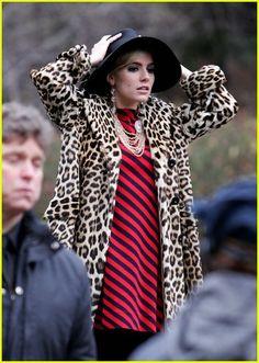 Sienna Miller as Edie Sedgwick ... nothing like edie's style