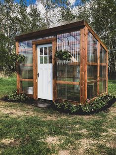 Diy Greenhouse Plans, Lean To Greenhouse, Backyard Greenhouse, Greenhouse Shed Combo, Greenhouse Attached To House, Old Window Greenhouse, Homemade Greenhouse, Outdoor Projects, Garden Projects