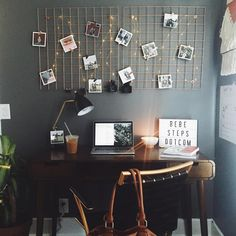 Dorm Room Inspiration - Whether, if you're living in a dorm you've probably come across the challenge of decorating the tiny, character-free space. Diy Casa, College Dorm Rooms, College Girls, College Desks, Home And Deco, Dream Rooms, New Room, Room Inspiration, Bedroom Decor