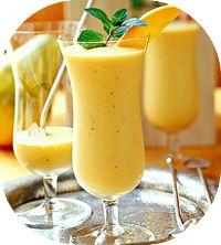 A receita de shake de mamão é para ser inclusa na dieta para emagrecer. Shake de mamão é gostoso de tomar e ajuda no trânsito intestinal, veja como fazer