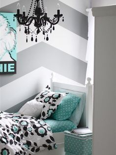 Bedroom: Gray And White Girls Bedroom. teenage bedroom ideas. chevron wall. white and gray bedroom. black and white bedding. aqua colored feature. black chandelier.
