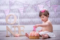 Cake Smashing by Loryle Photography - Servizio Fotografico Primo Compleanno - www.loryle.com