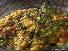 Salata de fasole verde Risotto, Chicken, Meat, Ethnic Recipes, Food, Drink, Salads, Green, Beverage