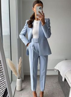 Outfit Essentials, Mode Outfits, Office Outfits, Fashion Outfits, Womens Fashion, Work Fashion, Modest Fashion, Classy Outfits, Stylish Outfits