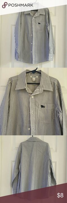 Old Navy Boys Striped Button Up Shirt Old Navy Striped Boys Button Up Shirt. Excellent condition. 60% Cotton. 40% Polyester. Old Navy Shirts & Tops Button Down Shirts