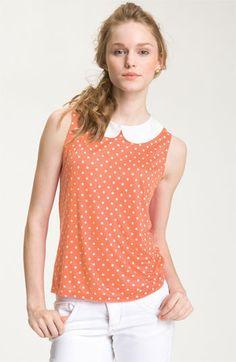 sleeveless blouse with #polkadot pattern and peter pan collar.