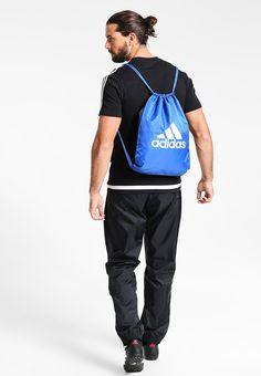 6ee07ad9cf895 ¡Consigue este tipo de bolsa de deporte de Adidas Performance ahora! Haz  clic para