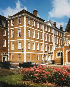 Gray's Inn, London, England--Eward Digges entered Gray's Inn in 1637 to become a barrister.