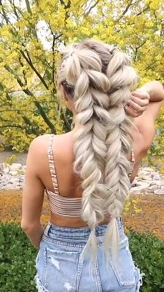 super quick and easy hairstyles for 2019 30 - Frisuren für Frauen - Braided Hairstyles Pretty Hairstyles, Girl Hairstyles, Wedding Hairstyles, Hairstyle Ideas, Winter Hairstyles, Ponytail Hairstyles, Braided Hairstyles For Long Hair, Soccer Hairstyles, Blonde Ponytail