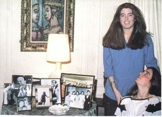 Victoria and Sydney Lawford in their mother's, Patricia Kennedy Lawford, NYC apartment {notice the great family pictures on the table! Patricia Kennedy, Los Kennedy, Peter Lawford, Maria Shriver, Jfk Jr, Irish American, Celebs, Celebrities, Nyc
