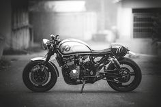 """CAFE RACER 