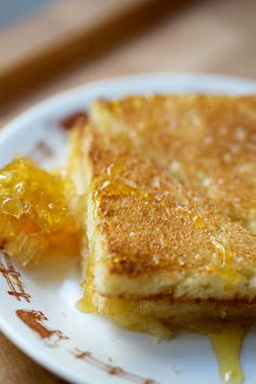 The Kitchy Kitchen: HONEY TRUFFLE GRILLED CHEESE