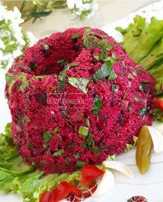 Appetizer Salads, Dinner Salads, Appetizers, Turkish Recipes, Vegetable Recipes, Waffles, Cabbage, Snacks, Fruit
