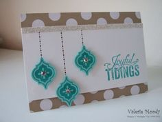 We love the clean lay out of this holiday card.